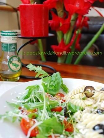 makaron z oliwkami i kurczakiem 2